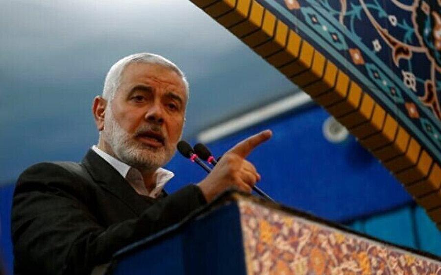 Tahran'da Kasım Süleymani için düzenlenen cenaze törenine Hamas lideri İsmail Haniye de katıldı.