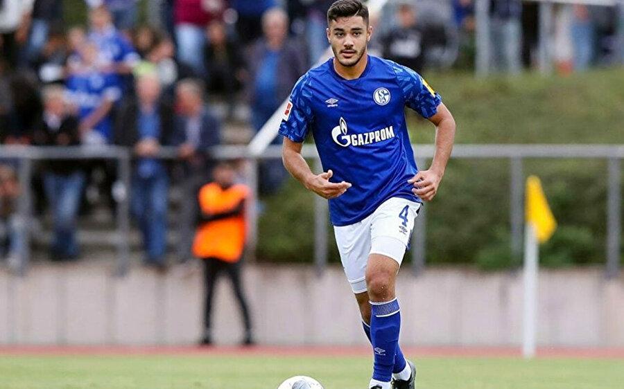 Ozan Kabak bu sezon 12 karşılaşmada 3 gol 1 asist üretti.