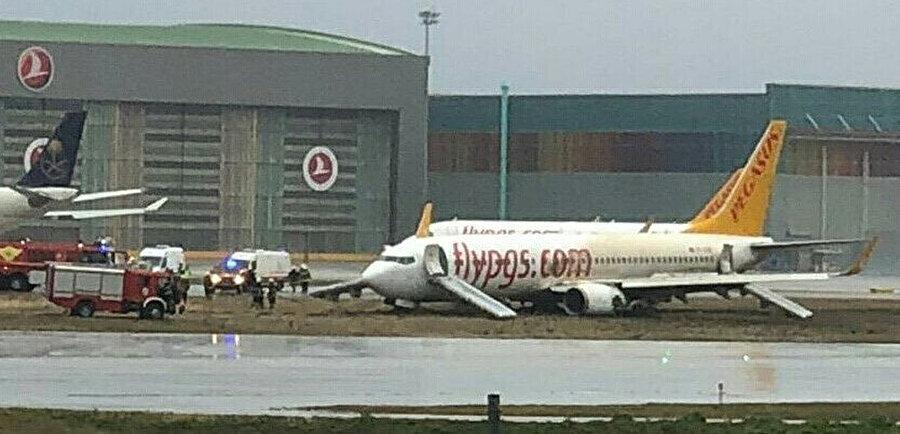 Pistten çıkan uçak Pegasus Havayolları'na ait