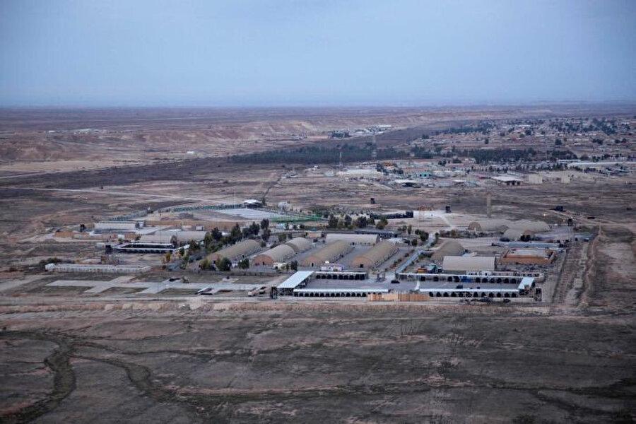 Irak'taki ABD ordusuna ait Ayn el-Esed üssü.