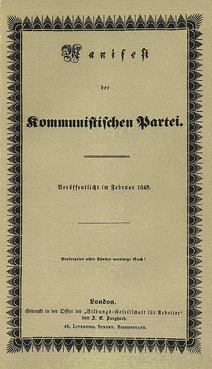 Yirmili yaşlarımda üzerimdeki etkisini itiraf etmeye hakkıyla yanaşmadığım Komünist Manifesto, intikamını aldı ve ileri yaşlarımın başucu kitaplarından biri oldu.