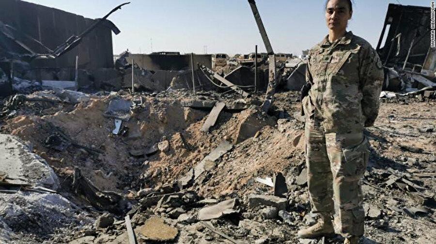 İran'ın, ABD'nin Irak'taki Ayn el-Esed Hava Üssü'ne düzenlediği füze saldırısı sonucu oluşan tahribat.