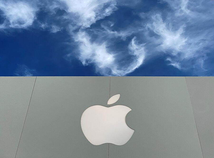 Apple, Ağustos 2018'de tarihin 1 trilyon dolarlık ilk şirketi olmuştu.