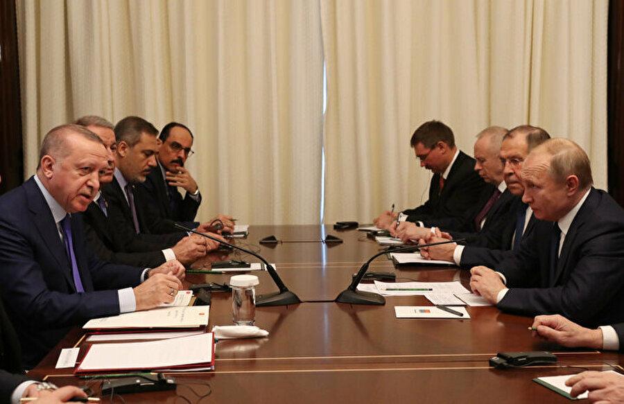 Cumhurbaşkanı Erdoğan ile Putin'in görüşmesi sırasında