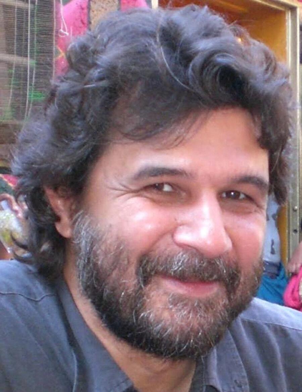 Sinema yazarı, Kaya Özkaracalar