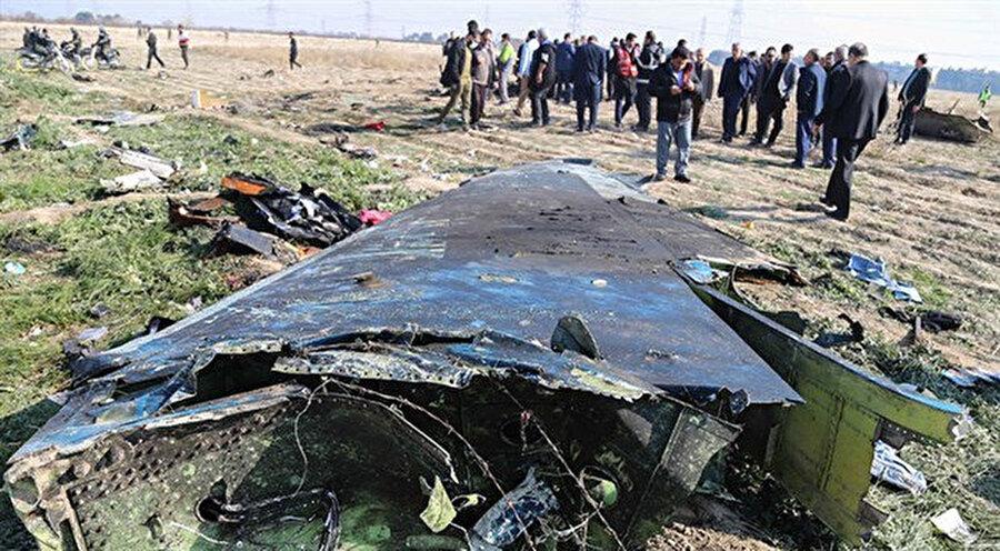 Bugün itibariyle Ukrayna yolcu uçağının İran ordusuna ait füzeyle düşürüldüğü kesinleşti, şüphe kalmadı.