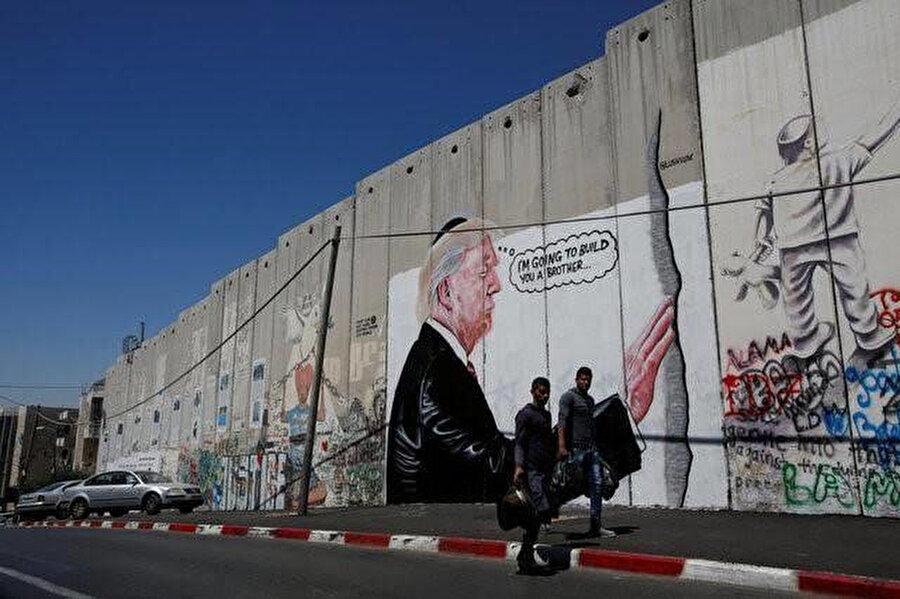 Batı Şeria'daki Ayrım Duvarı.