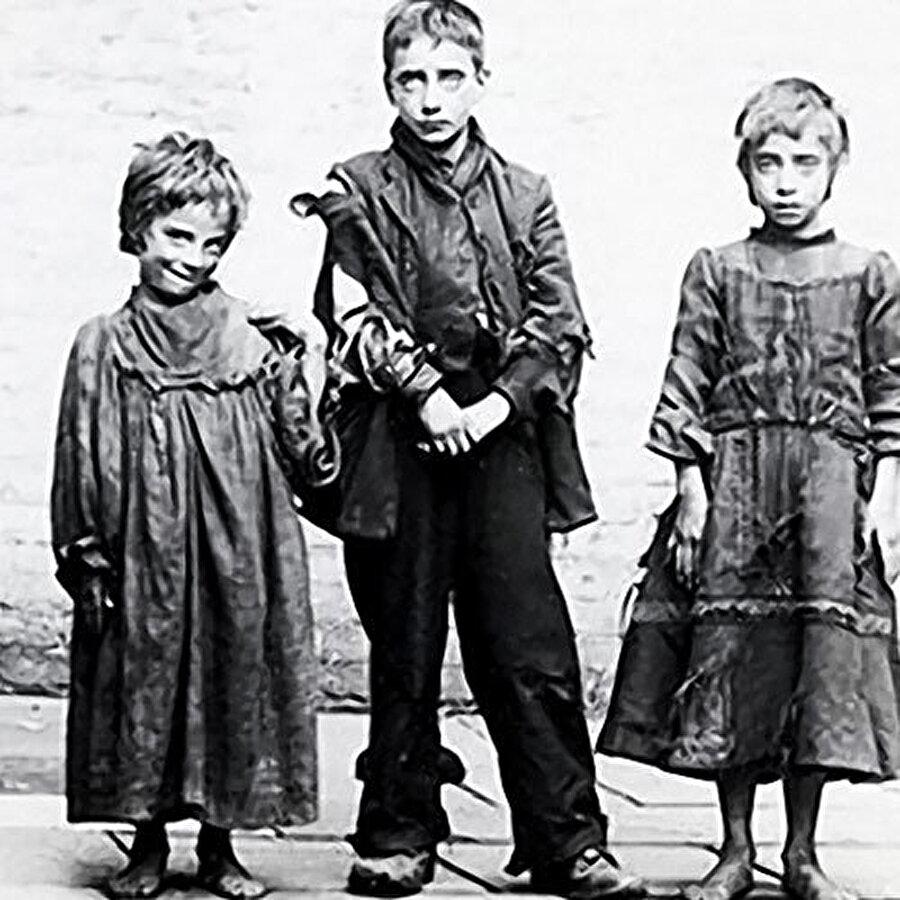 """1896'da kimsesiz çocuklar için """"Medine Evi"""" isimli bir yetimhane açtı."""