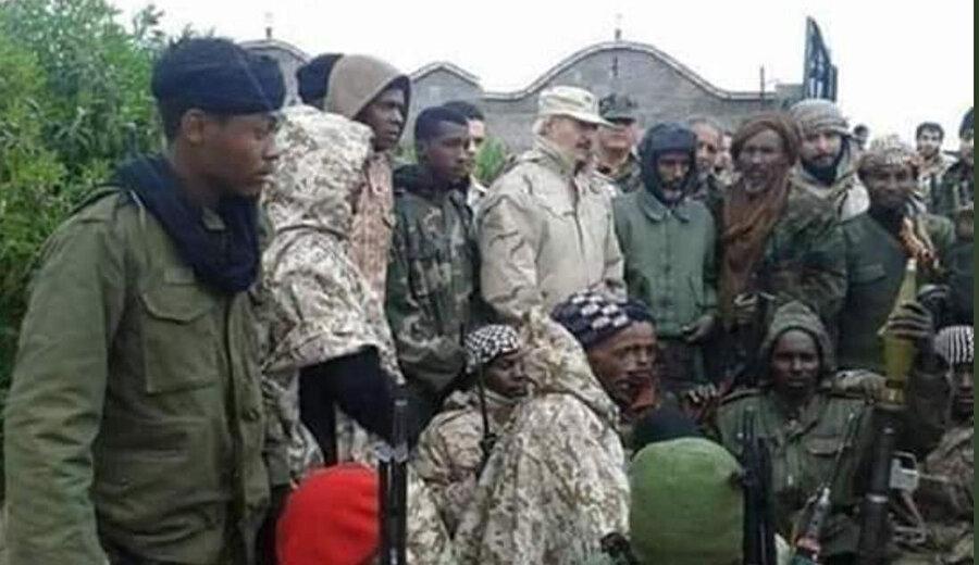Halife Hafter saflarında savaşan Afrikalılar.