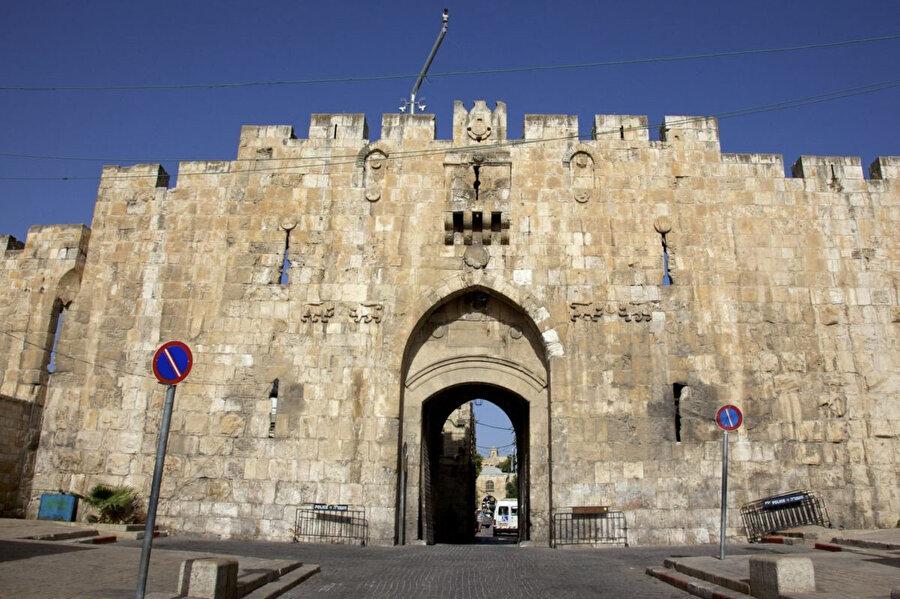 Olayın gerçekleştiği El-Esbat Kapısı.