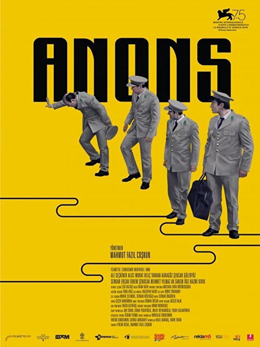 Mahmut Fazıl Coşkun'un Venedik Film Festivali'nden ödülle dönen filmi Anons, 1963 yılındaki başarısız bir darbe girişimini anlatıyor. Coşkun'un senaryosunu Ercan Kesal ile birlikte kaleme aldığı film, ordudan tasfiye edilmiş dört askerin bir gecesine odaklanıyor. Vizyon tarihi: 19 Ekim 2018
