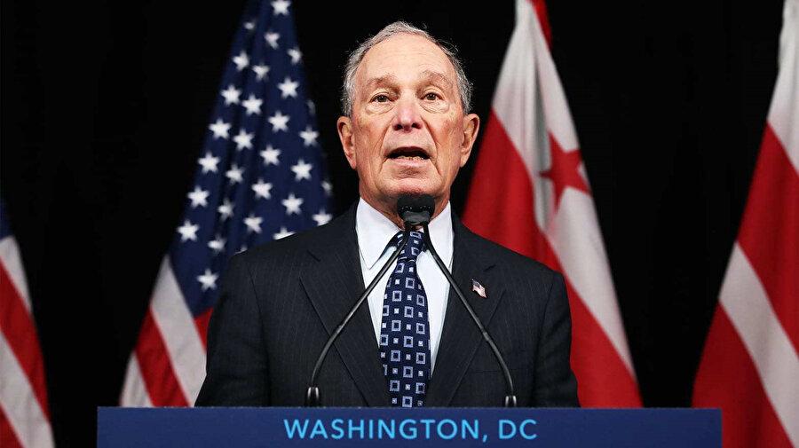 Michael Bloomberg adaylığını açıkladıktan sonra 5 hafta içerisinde yaklaşık 125 milyon dolar harcama yaptı. Bu da Bloomberg'in her gün yaklaşık 3,3 milyon dolar, her saat 137 bin dolar ve her saniye 38 dolar harcadığı anlamına geliyor
