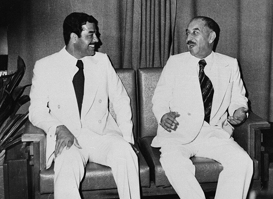 Ahmet Hasan el-Bekir ve Saddam Hüseyin, 1978.