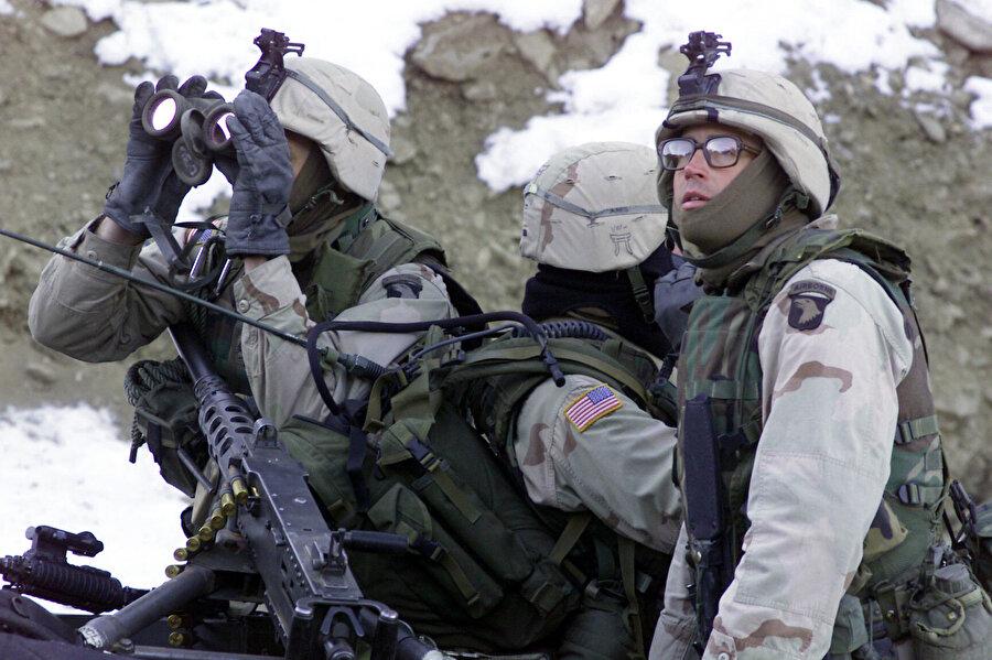 Afganistan işgalinde yer alan ABD askerleri