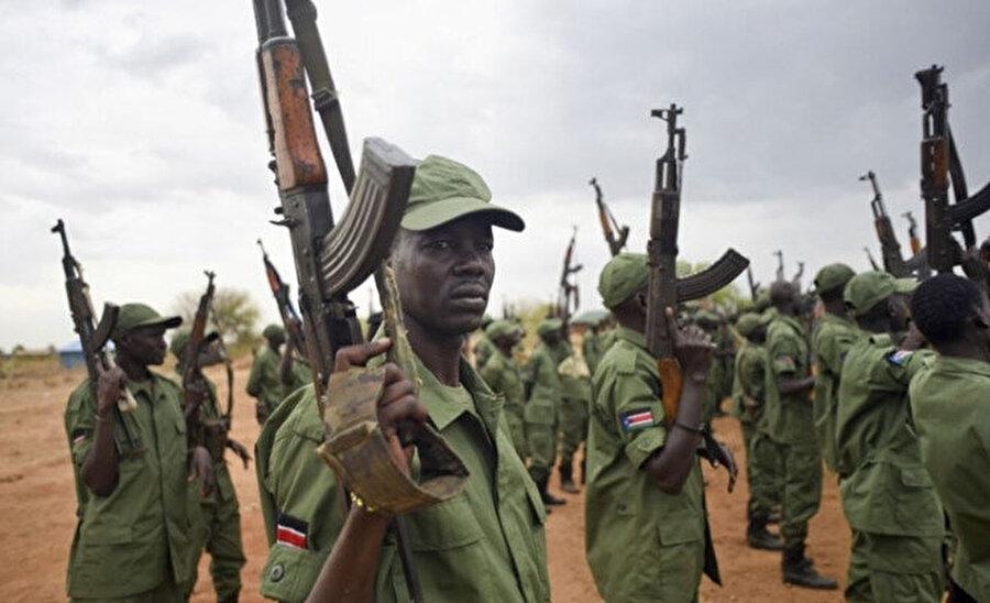 Kongo'nun güneydoğusunda hâlâ istikrar ve güvenlik sağlanamamış, Orta Afrika Cumhuriyeti'nde hâlâ silahlar susturulamamış.