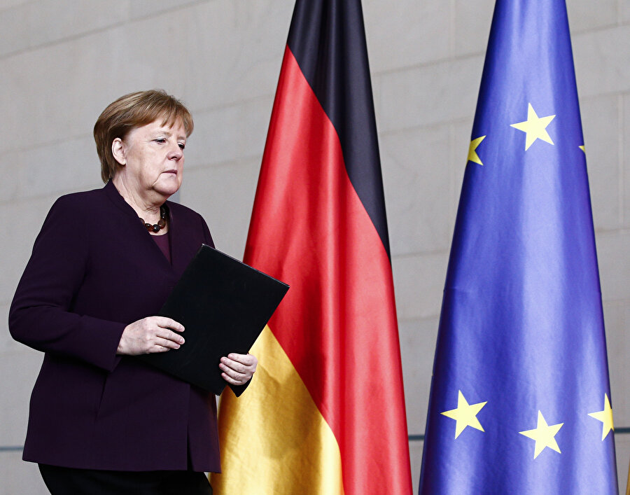 Merkel Hanau kentinde gerçekleştirilen ırkçı saldırıyla ilgili açıklamada bulundu