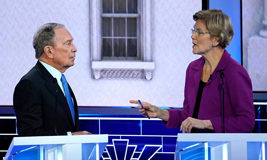Michael Bloomberg ve Elizabeth Warren Nevada tartışmasında konuşuyor