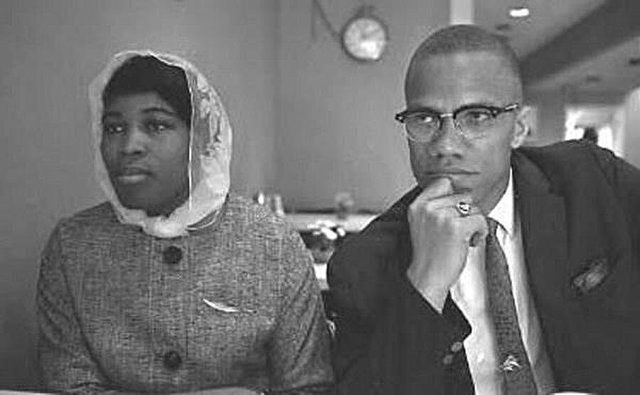 Malcolm X, 1958'de Dr. Betty Sanders ile evlendi.