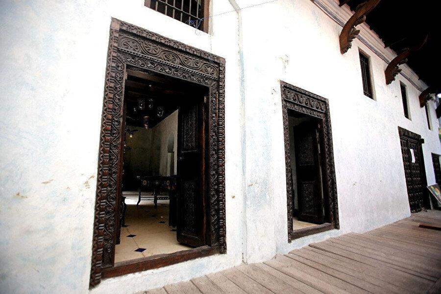 Tarihe Tanıklık Eden Kapıları