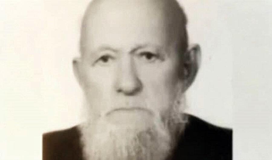 Babası Ahmet Erdoğan