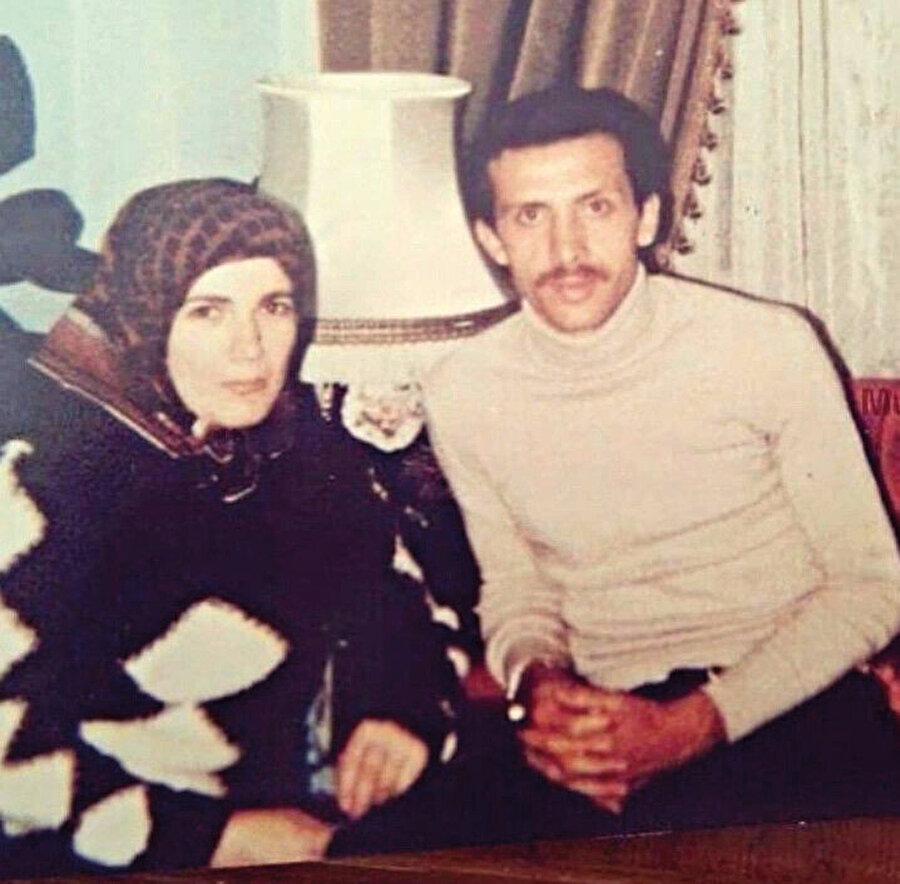Tayyip Erdoğan, kaderin kendisine bahşettiği bu güzel fırsatı değerlendirmekte hiç vakit kaybetmeyerek 4 Temmuz 1978'de izdivacı gerçekleştirir.