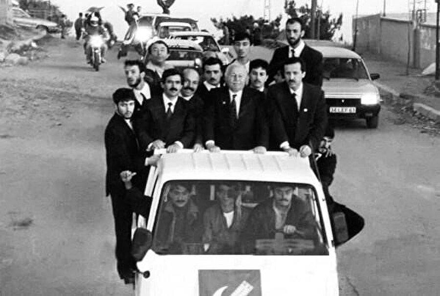 Tayyip Erdoğan ve arkadaşlarına göre seçimi Refah Partisi, yani Erdoğan kazanmıştır.