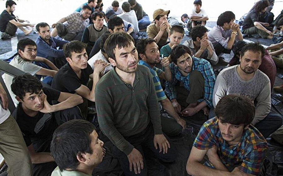 Birleşmiş Milletler (BM) verilerine göre en az 1 milyon Uygur Türkü iradeleri dışında kamplarda tutuluyor.