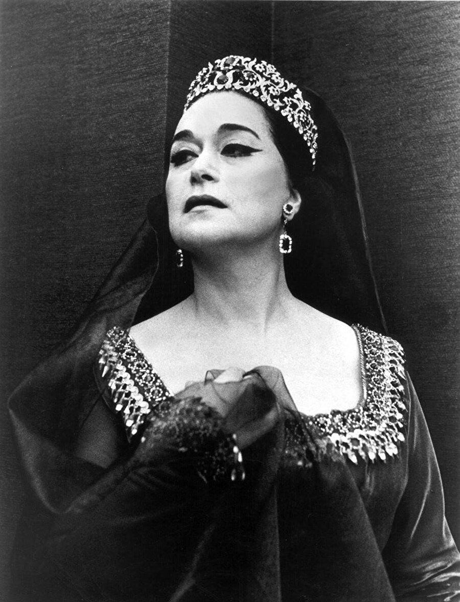 IX. Leyla Gencer