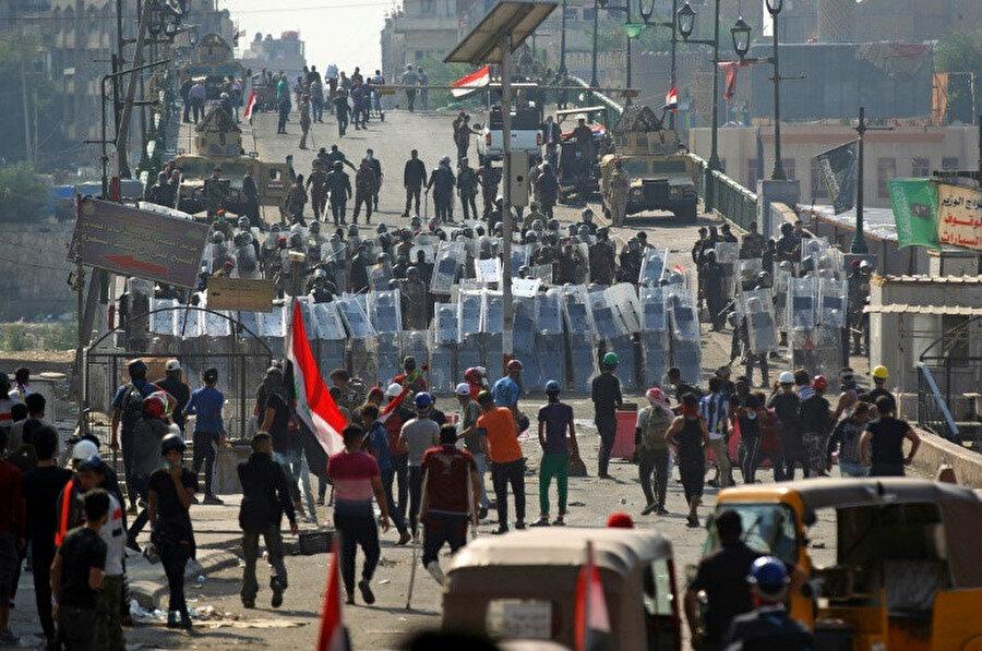 5 Irak'ta 1 Ekim 2019'da başlayan protestolarda 600'den fazla insan hayatını kaybetti.