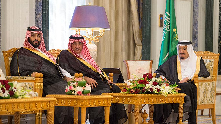 Soldan sağa; Muhammed bin Selman, Muhammed bin Nayif ve Kral Selman.
