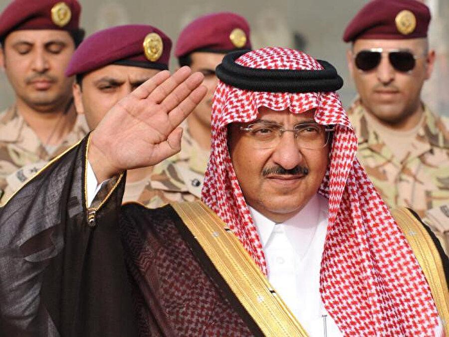 Eski veliaht prens Muhammed bin Nayif.