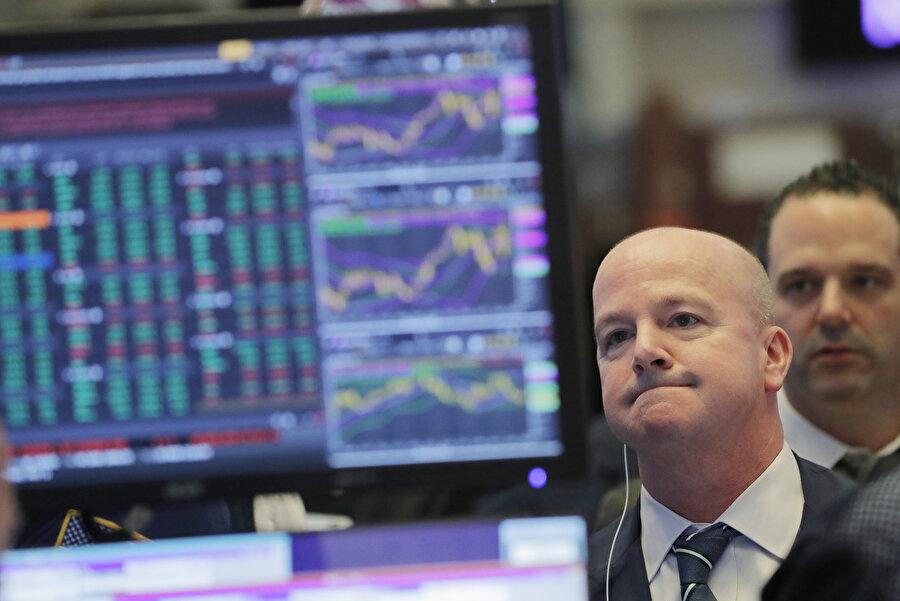 ABD borsasında sert düşüş ve sert yükselişler yaşanıyor.