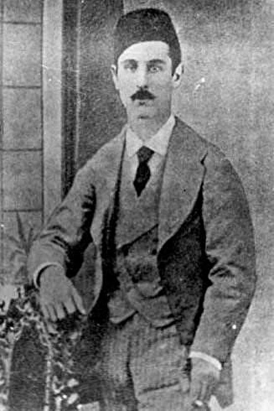 İsmail Gaspıralı'nın 1872'de çekilen bir fotoğrafı.