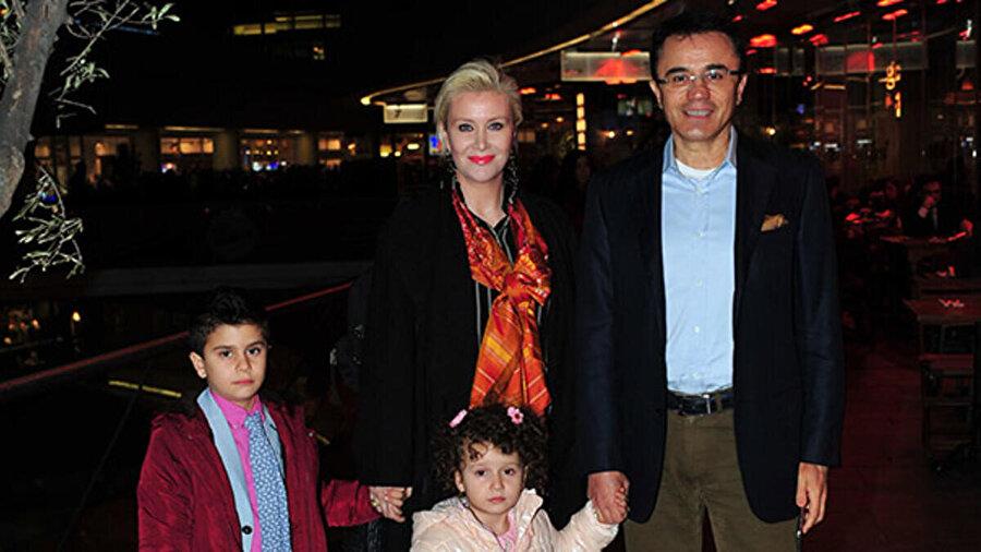 Ender Saraç, eşi Benan Saraç ve çocukları