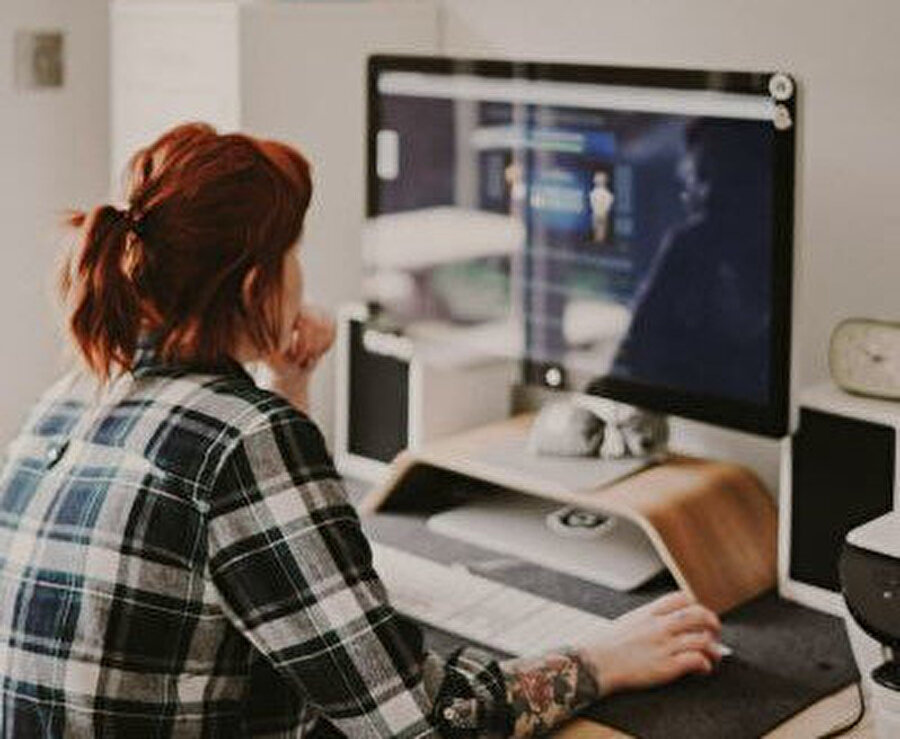 Sosyal izolasyon gereği milyonlarca kişi evden çıkmıyor ve bilgisayar başında çalışıyor. Ama kısa bir molayla bu yöntemleri 30 dakikada uygulayarak elektronik cihazlarınızın performansında gözle görülür bir artış sağlayabilirsiniz.