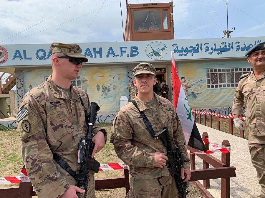 ABD askerleri Irak'taki üç askeri üsden yakın zamanda çekildi.