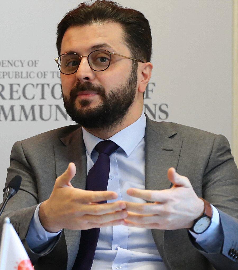 SETA Brüksel Direktörü Enes Bayraklı