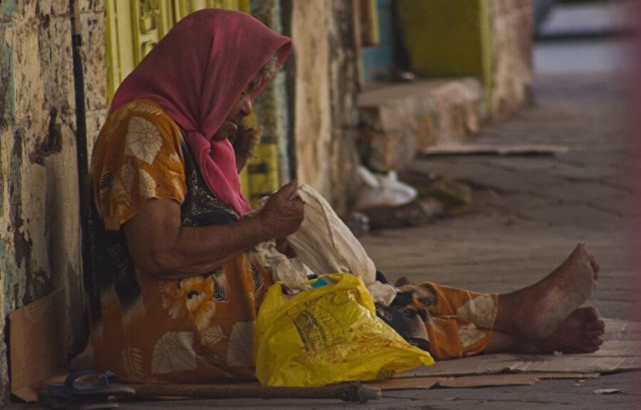 Yemen'de nüfusun büyük kısmı yardıma muhtaç durumda.
