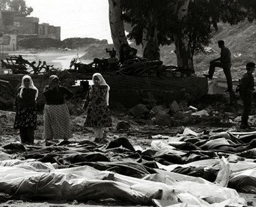 Deir Yasin Katliamı.
