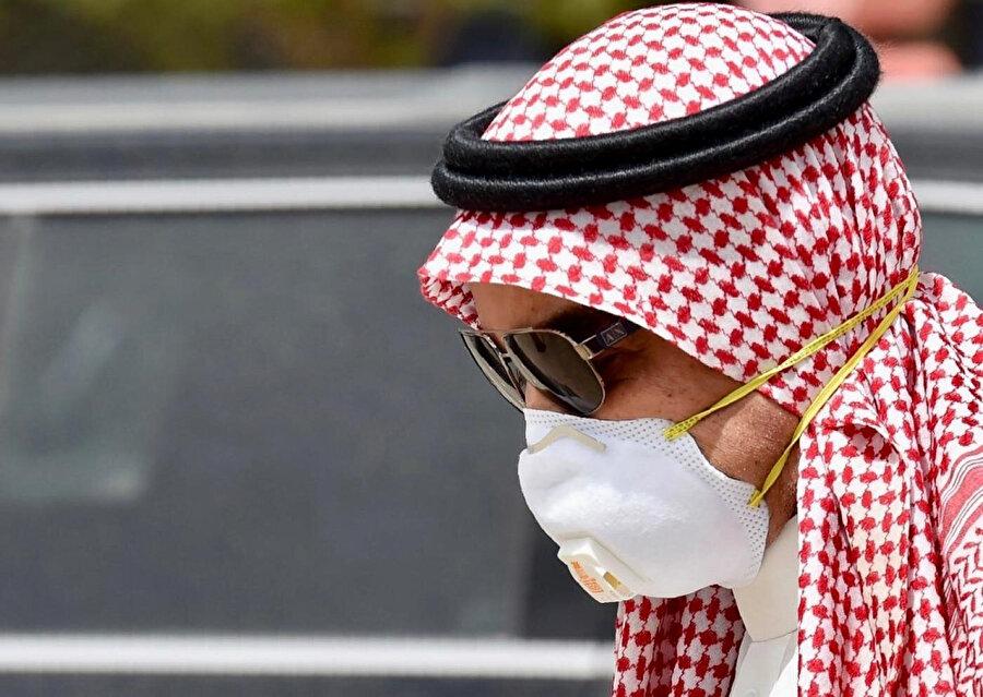 Suudi Arabistan vaka sayısının artmasıyla önlemleri sıkılaştırdı.