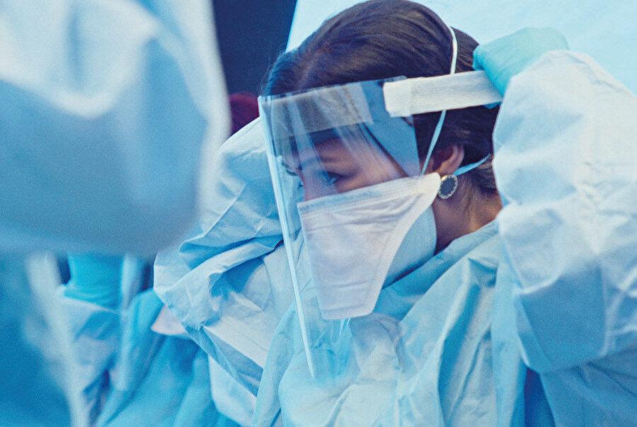 Netflix pandemi temalı dizileri üzerinden algı yönetimi uyguluyor.