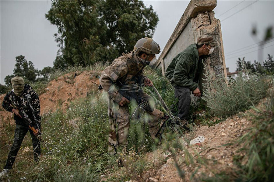 """UMH askeri birlikleri Hafter milislerine karşı """"Barış Fırtınası Operasyonu""""nu başlattı."""