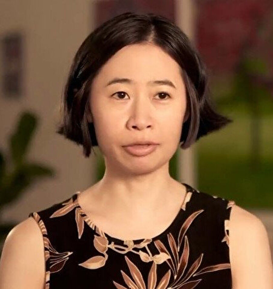Mali müşavirlik yapan ve üç yıldır New York'ta yaşayan Japon asıllı Kate Hashimoto kendini aşırı pinti olarak tanımlıyor.