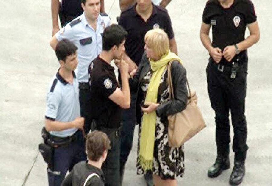 Claudia Roth Gezi Parkı kalkışmasında...