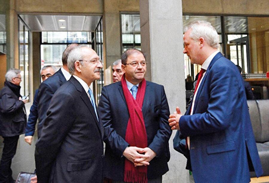 """2005 yılında CHP'nin, """"Türkiye'nin ulusal birliğini ortadan kaldırmak için faaliyet yürüttüğü"""" iddialarıyla gündeme geldi."""