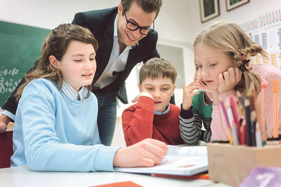Türk çocuklarının öğrenci merkezlilik ve çoğulcu bir kültür temelinde eşit ve özgüvenli bireyler konumuna katkı sunacağı düşünülen bu okulların kuruluşuna Alman devletinin de destek vermesi doğru bir tutum olmuştur.