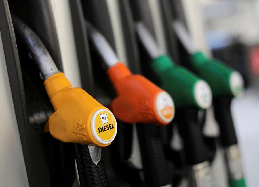 Ham petrolde yaşanan düşüş pompa fiyatlarına da yansıdı
