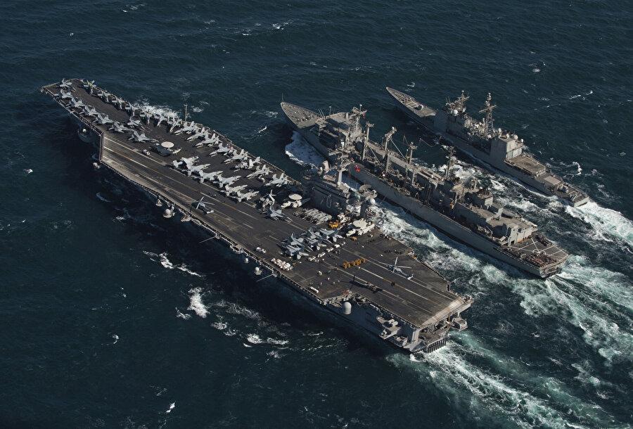 ABD donanmasına bağlı Beşinci Filo