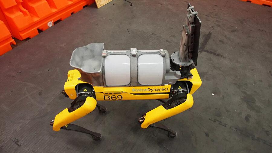 Boston Dynamics daha önce de birçok farklı alanda aktif olarak kullanılmıştı.