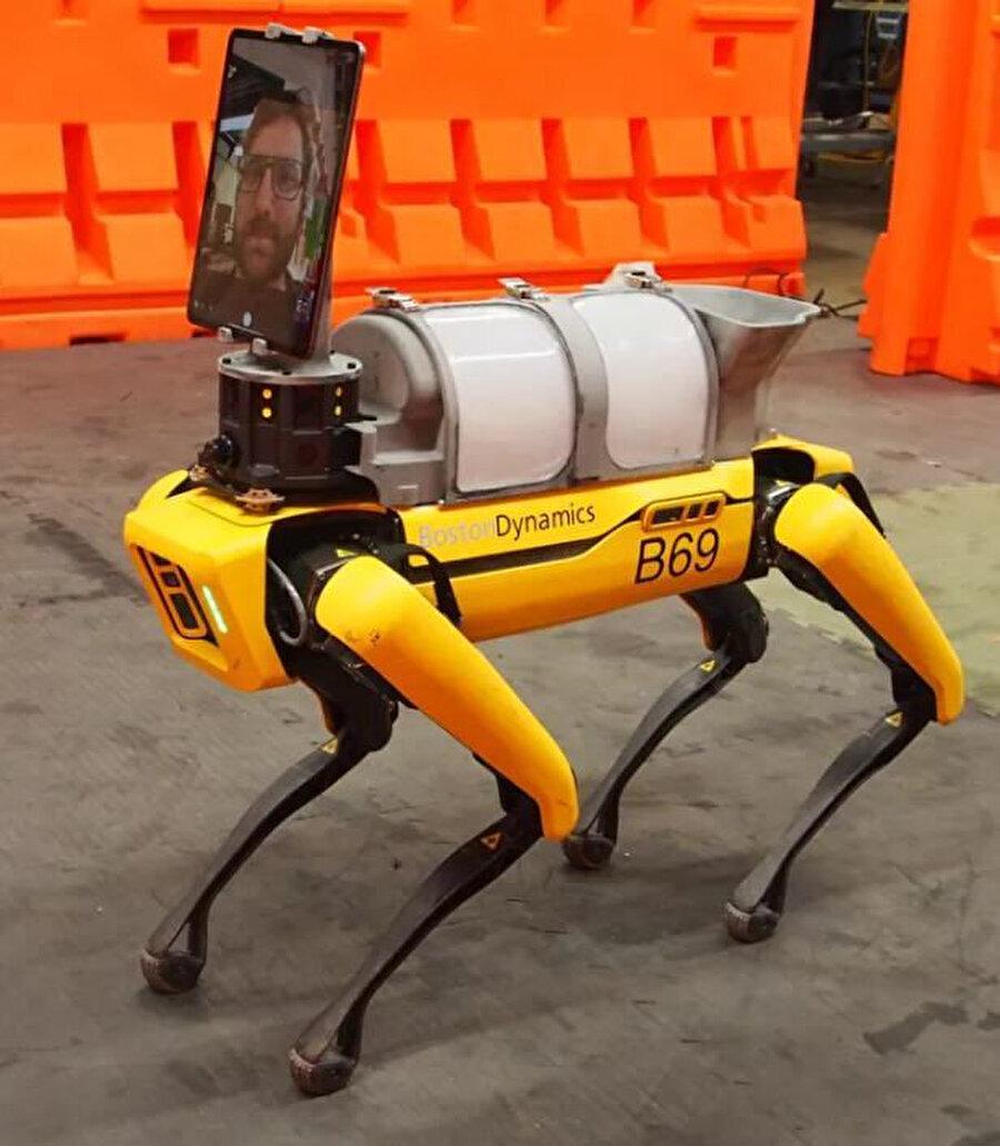 Önümüzdeki süreçte Boston Dynamics'in bu konuyla alakalı farklı projeleri olacağı da özellikle belirtiliyor.